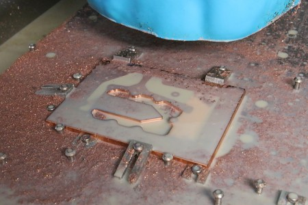 Die Entstehung eines Wasserkühlers bei Liquid...