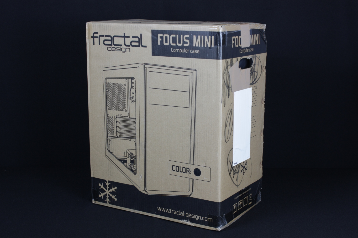Fractal Design Focus G mini (1)