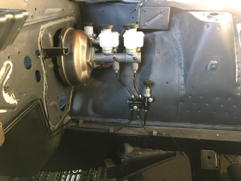 Datsun Z Bremsleitung (2)