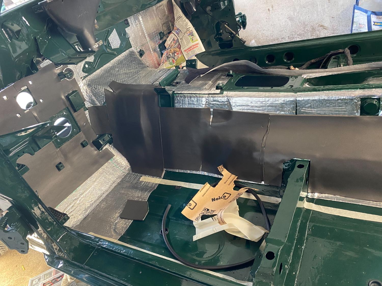 Datsun Innenraum teppich (5)