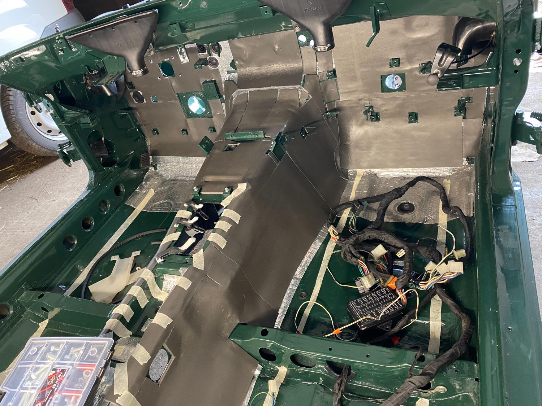 Datsun Innenraum teppich (6)