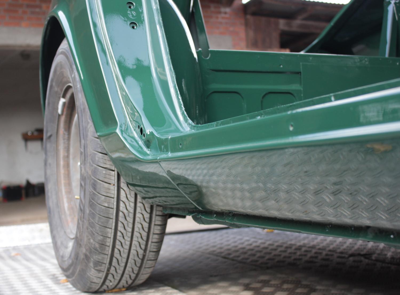 Fertige Lackierung Datsun 280z (2)